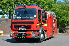 BX10JYS (Emergency_Vehicles) Tags: rescue west fire volvo technical service fl 42 midlands jdc bickenhill bx10jys