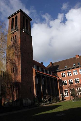 "Kieler Kloster (02) • <a style=""font-size:0.8em;"" href=""http://www.flickr.com/photos/69570948@N04/16713710542/"" target=""_blank"">Auf Flickr ansehen</a>"
