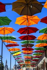 Centro de Canela-RS (Miriam Cardoso de Souza) Tags: canela riograndedosul brasil photo umbrellas umbrela sombrinhas
