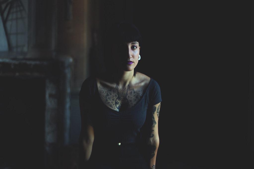 The world 39 s best photos of tatouage and urbex flickr hive mind - Tatouage femme sensuelle ...
