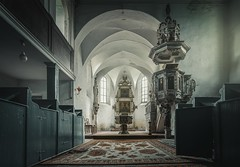 god is busy! (Nils Grudzielski) Tags: lostplaces abandonedplaces forgotten urbanexploration verlasseneorte verfallen vergessen old abandoned alt church kirche religion marode decay god gott morbide desolate urbex ruin rotten
