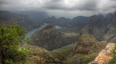 Blyde river canyon, Mpumalanga [RSA] (ta92310) Tags: africa travel autumn automne river south canyon hdr sud mpumalanga blyde topaz afrique blyderivercanyon 2014 drakensberg threerondavels australe tthdr