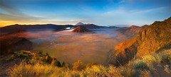 BROMO NATIONAL PARK (ManButur PHOTOGRAPHY) Tags: morning panorama clouds canon scenery asia view hill line explore filter dslr filters hitech bromo tonal colourfull eastjava hikking gnd easasia bromonationalpark 5dmarkiii manbutur manbuturphotography