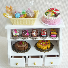 Miniature Cake Gift Set (https://www.etsy.com/shop/KawaiiCraftCottage) Tags: wood party food white cute cakes shop set miniatures miniature wooden store cafe doll dolls basket counter display cabinet handmade fake patisserie bakery kawaii pastry faux showcase fruitcake parlor assorted whimsical dollhouse