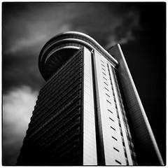 Bunkyo Civic Center Building (Masahiko Kuroki (a.k.a miyabean)) Tags: bw architecture square noiretblanc fujixe1 fujifilmsuperebcxf2841855mm