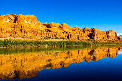 Multiple Colors (begineerphotos) Tags: reflection water reflections river utah coloradoriver moab jetboat friendlychallenges