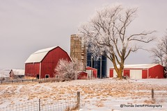 Frosty morning (Thomas DeHoff) Tags: winter red white barn frost sony iowa hoar a700