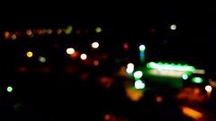 Sind wir nicht alle ein bichen BLUNA? alias Meschugge, alias CRACY. (eagle1effi) Tags: experimental nightlights bokeh experiment boke nightmode experimenta bokehwhores unschrfekreise samsunggalaxys5 spielmitderschrfe siesindsozusagenerfindungendesobjektivs