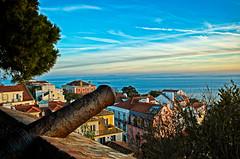 St Jorge Castle (Leo Teles) Tags: sunset tree castle portugal europe lisbon cannon tejo protection