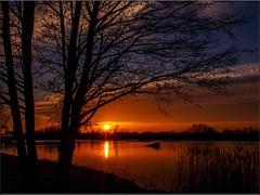 Goodbye sun -  come back soon (Ostseeleuchte) Tags: sunset sky sun reflections sonnenuntergang himmel sonne spiegelungen