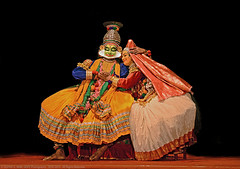 KRISHNA & RUKMANI (GOPAN G. NAIR [ GOPS Creativ ]) Tags: india art photography dance cg dr indian south performance kerala classical krishna narayanan kathakali gops rukmani gopan haripriya namboothiri gopsorg gopangnair kuchelavritham gopsphotography chandramana