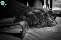 Come gli Artigli (Vincenzo_Garofalo) Tags: bw food europa italia campania traditions pasta bn taste tradition biancoenero nonna cucina italiano ricetta contrasto avellino irpinia cavatelli paternopoli vincenzogarofalo terredellupo immacolatarusso cazzauottoli cecatielli
