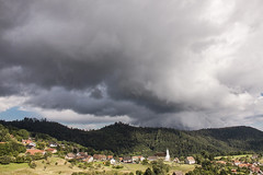 L'imposant nuage (mrieffly) Tags: vosgesalsace hautrhin geishouse averses nuages canoneos50d