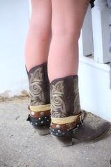 2016-07-15 (27) boots at Laurel Park (JLeeFleenor) Tags: photos photography md maryland marylandhorseracing girls woman femme frau vrouw donna lamujer dona    ena kvinde nainen   n  wanita   kvinne  kobieta mulher  kvinna  kadn  ngiphn boots shoes footwear footgear cowboyboots outside outdoors