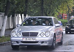 am_35AO708 (License plates spotter from Ukraine) Tags: mercedes ukraine armenia kyiv licenseplates україна eclass київ w210 номернізнаки am35ao708