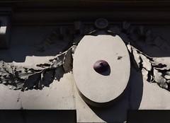 Intra Larue 781 (intra.larue) Tags: intra urbain urban art moulage sein pecho moulding breast teta seno brust formen tton street arte urbano pit paris france boob urbana