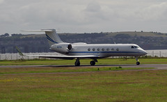 Gulfstream V N276A takes off from Dundee, 16th July 2016 (andyflyer) Tags: dundee gulfstream gulfstream5 bizjet dundeeairport businessjet corporatejet gulfstreamv n276a