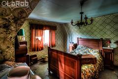 .. (LaR0b) Tags: ue urban urbex exploration exploring decay abandoned lar0b lost hdr highdynamicrange villa house delseardt bedroom bed sleep
