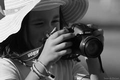 Précocité photographique (Loran de Cevinne) Tags: princesse noiretblanc portrait pentax lorandecevinne