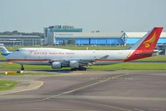 B-2437 Yangtze River Express Boeing 747-400 EHAM 14/9/16 (David K- IOM Pics) Tags: b2437 b yangtze river express cargo yzr b744 boeing 747 747400 747400f eham ams amsterdam schiphol airport