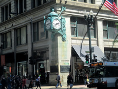 State Street 14 - Marshall Fields, now Macy's (worldtravelimages.net) Tags: chicago statestreet theatredistrict 2016 worldtravelimages