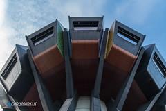 Bierpinsel UFO (Markus Kammerer) Tags: abandonedplace architektur berlin beton brutalismus hochhaus urbex verlassen bunt bierpinsel