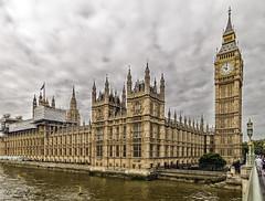 Las diez en el Big Ben / Ten in the Big Ben. (D. Lorente) Tags: london londres edificio relog urban urbana architecture dlorente