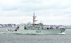 HMCS Goose Bay MM-707 (jelpics) Tags: ocean sea canada boston harbor boat ship massachusetts navy vessel canadian 707 naval bostonma warship bostonharbor goosebay royalcanadiannavy kingstonclass canadiannavy canadianwarship mm707 hmcsgoosebaymm707
