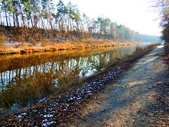 Elbe-Lübeck-Kanal in Mölln (Sophia-Fatima) Tags: winter deutschland canal kanal schleswigholstein mölln elbelübeckkanal