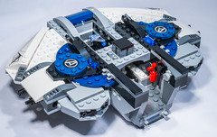 Lego 76032 - The Avengers Quinjet City Chase (gnaat_lego) Tags: lego ironman vision blackwidow superheroes marvel captainamerica avengers ultron 76032 quinjet ageofultron theavengersquinjetcitychase