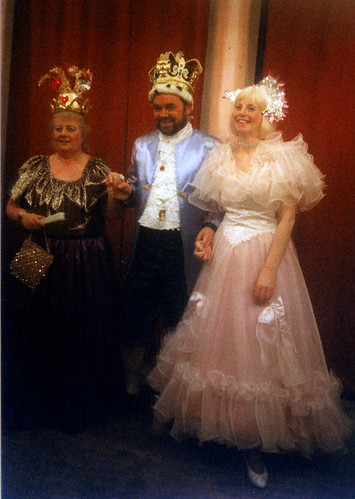 1998 Tom the Pipers Son 04 (from left Margaret Fielding, Ross Crowe, Joan Carr)
