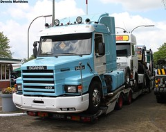 Scania semi truck (Schwanzus_Longus) Tags: white green classic truck germany big tank sweden cab transport 110 over engine super swedish semi german rig vehicle 111 freight coe tanker scania haul wilhelmshaven 143 sidepipes 143h