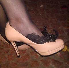 Ps de anjo rendados PDA 9088 (asmocasquecosturam@gmail.com) Tags: feet foot shoe toes highheels lace lingerie footwear heels ps peep salto sandalia alto mules sandalias footsies chinelos renda tamancos lacesocks rendados footlingerie lacepeds