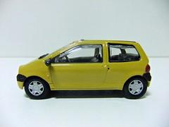 RENAULT TWINGO - HONGWELL / CARARAMA (RMJ68) Tags: renault twingo i 2000 hongwell cararama diecast coches cars juguete toy 143