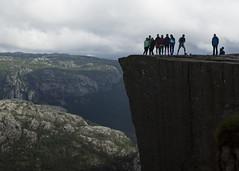 Gruppenfoto (snej1972) Tags: urlaub holiday vacation vaterundsohn oslo norge norway norwegen fjord fjordnorwegen stavanger preikestolen monument rock bergen