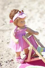 Connie (zauberhaftepuppenwelt) Tags: puppenkind tunika strand