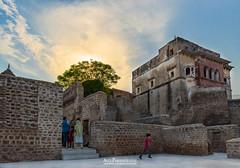 Ram Chandra Temple (Ali's Photograpy) Tags: pakistan sunset history architecture temple photography nikon ruins ali punjab nikkor hindu archeology 2470mm historicalplaces chakwal choasaidanshah aliasghar katasrajtemples alisphotography katastemples