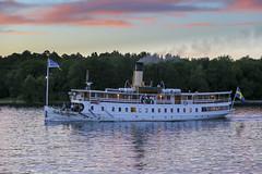 Blidsund (Anders Sellin) Tags: bt hav skrgrd sverige sweden vatten archipelago baltic boat sea sj stockholm water stersjn skrgrd svartlga bt sj stersjn