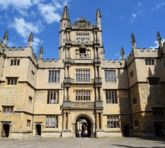 All Souls College - Oxford (Mark Wordy) Tags: oxfordshire oxford city uk england radcliffesquare allsoulscollege university