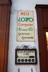 Lottoschild (Lemming89) Tags: wien vienna austria sterreich lotto lottozahlen glck spiel altertmlich hauswand schilder