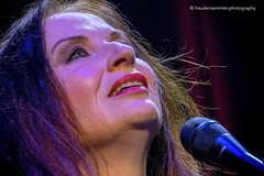 JUDITH OWEN  Bonn Harmonie 6.10.2016 (freudensammler) Tags: judithowen concert live bonn harmonie sonyrx10iii ex10m3 freudensammler freudensammlerphotography