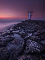 Leuchtturm Swinemnde #3 (neisi.photography) Tags: swinemnde lighthouse leuchtturm ostsee sunset windmhle winoujcie mirrorsurface usedom sonnenuntergang longexposure canon mhlenbake wiatrak polen pl sea