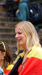 2016-06-18_17-24-24_ILCE-6300_9103_DxO (miguel.discart) Tags: 2016 300mm belgique belgium belira belirl bru brussels bruxelles bxl candidportrait candide candideportrait createdbydxo drapeau dxo e18200mmf3563oss editedphoto euro euro2016 flag focallength300mm focallengthin35mmformat300mm football ilce6300 irlande iso250 pedestrian pietonnier sony sonyilce6300 sonyilce6300e18200mmf3563oss sport