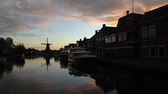 Woudsend, De Jager in a spot (Alta alatis patent) Tags: woudsend ee sunset reflections jager windmill