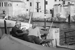 Old times' chat (Massimo Campanini) Tags: boccadasse genova genoa liguria italia italy mare sea seascape persone people bn bw blackwhite