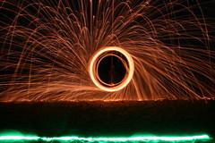IMG_4178 (raimund.stolle) Tags: lightpainting see wasser nacht alien ufo feuer oldenburg feuerwerk