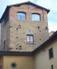 Eyes and mouth (Jacopo Marcovaldi) Tags: italy house mouth florence casa eyes italia ponte occhi tuscany firenze toscana bocca vecchio
