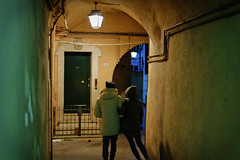 blurry (Lifeinpicture) Tags: street people blurry alley streetphotography lovers perugia umbria shootingstolen