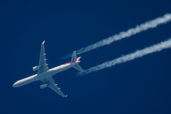 American Airlines Boeing 757-2B7 N942UW (Thames Air) Tags: american airlines boeing 7572b7 n942uw contrails telescope dobsonian overhead vapour trail