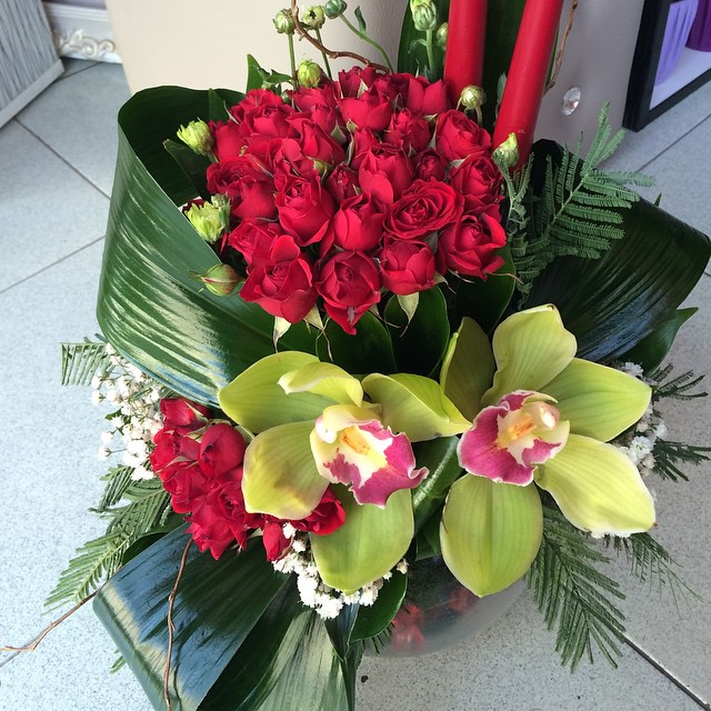 Dont be late for Valentines Day  contact us right away. Order flowers and cakes online to Yerevan, Armenia🌹contact us 📲 Viber/ Whatsapp +374-93-361595 or order online at 👉www.anemonsalon.com👍 #flowers #florist #flowersh